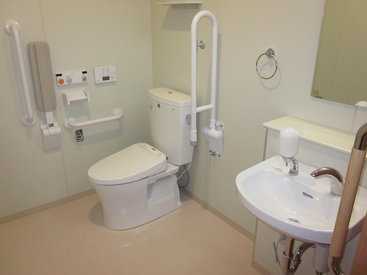 8.トイレ